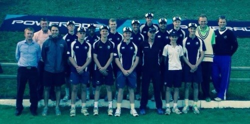 Cricket legend Ray Jennings shows Wynberg Boys High cricket teams how it's done